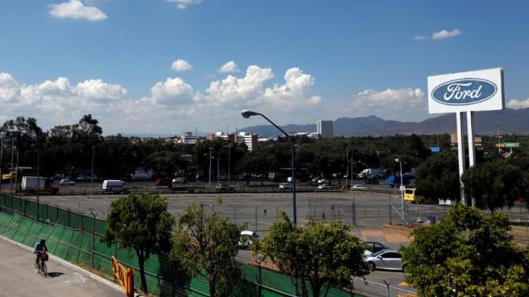 Ford cancela multimillonaria inversión en México por temor a Trump