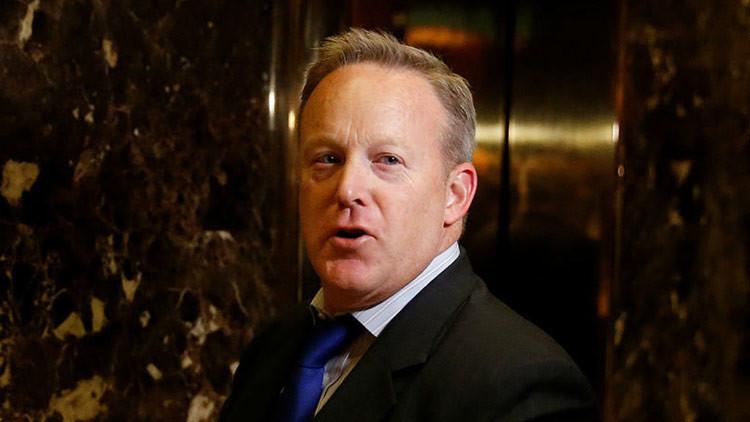 """Secretario de Prensa de Trump: """"Cero pruebas de que Rusia influyó en la elecciones presidenciales"""""""