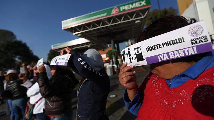 Así fue bloqueada la autopista México-Querétaro en protesta por el 'gasolinazo' (Video)