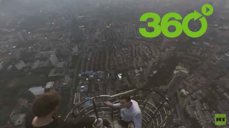 'Roofers' rusos conquistan alturas peligrosas en China