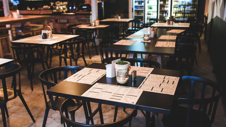 ¿Qué son los 'restaurantes santuario' que ganan popularidad en EE.UU.?
