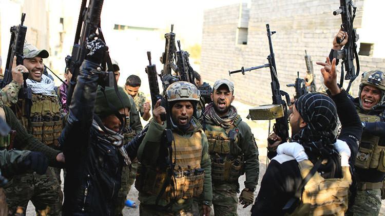 Irak lanza una nueva ofensiva contra el Estado Islámico en la frontera con Siria