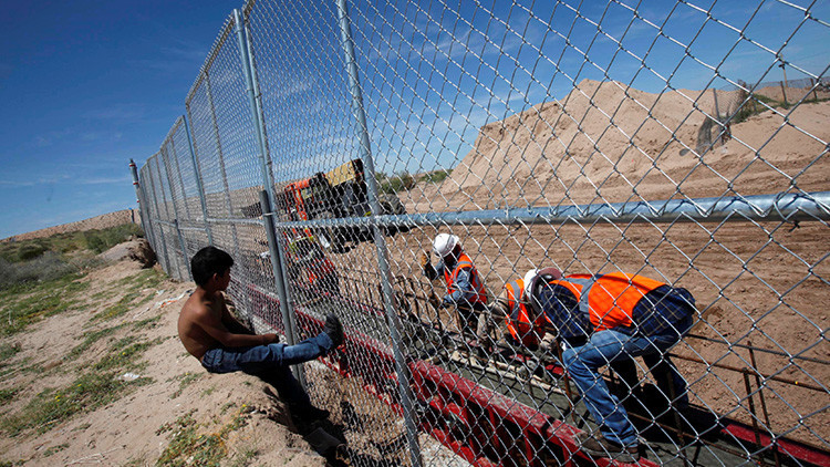 """Trump: """"El muro en la frontera de EE.UU. será pagado por México"""""""