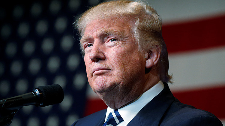 Trump califica de 'caza de brujas' la persecución de Rusia por el 'hackeo' a Clinton