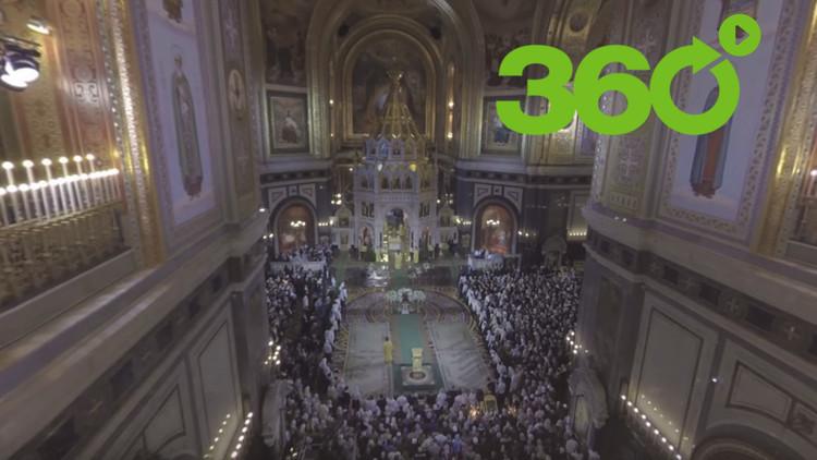RT en 360º le invita a la mayor catedral de Rusia a ver la misa navideña ortodoxa