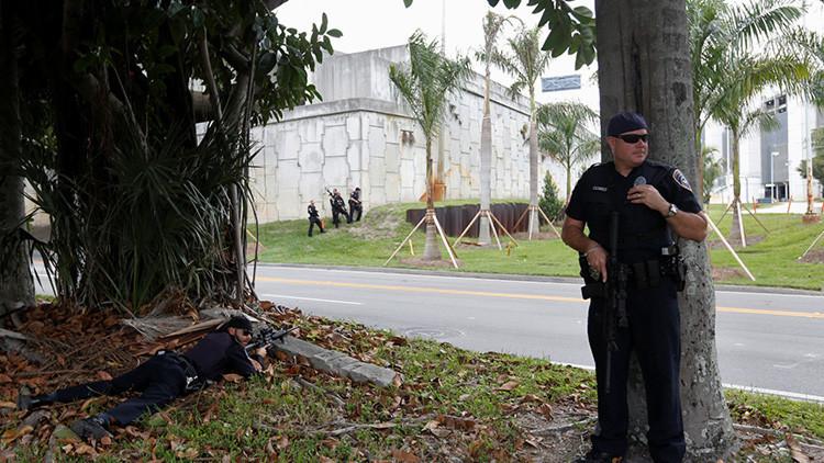 """""""Ellos sabían que iba a pasar"""": Familia de autor del tiroteo en Florida culpa al Gobierno del ataque"""