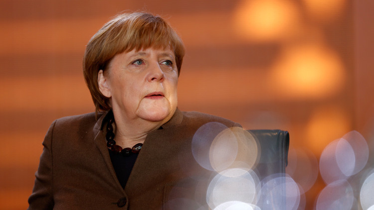 La izquierda alemana se une para desalojar a Angela Merkel