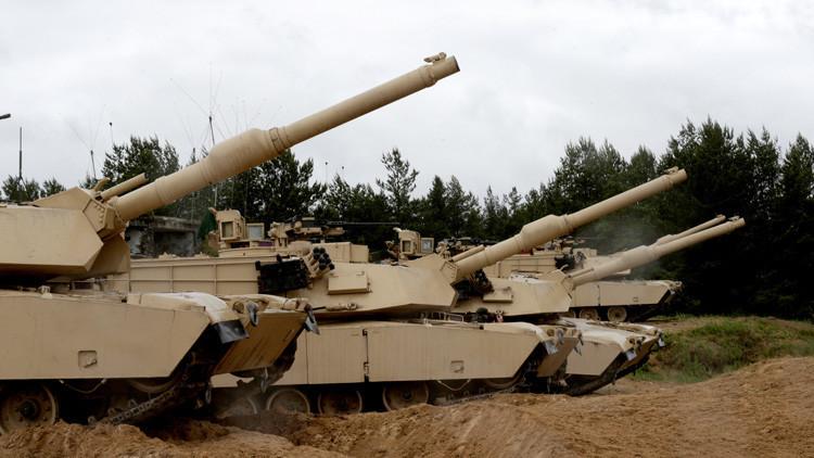 Llega a Letonia una unidad blindada estadounidense