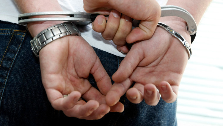 Reino Unido: Un hombre torturaba a su pareja y luego publicaba imágenes de sus heridas en Facebook