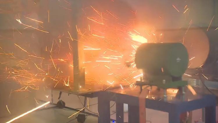 VIDEO: Rusia prueba con éxito su primer cañón de riel