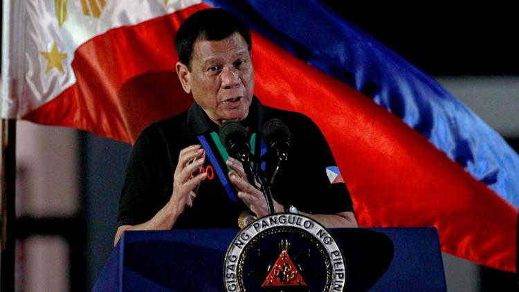 """""""Te mataré y la historia me recordará como un carnicero"""": Duterte amenaza a los alcaldes corruptos"""