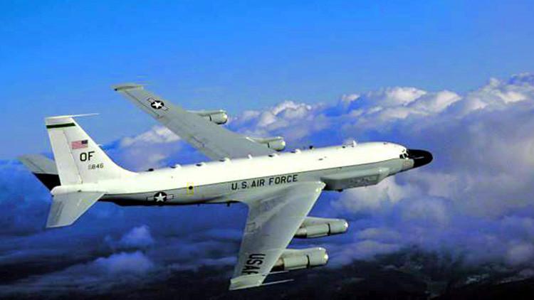 Un avión militar de EE.UU. realiza un vuelo de exploración cerca de la frontera rusa en Kaliningrado
