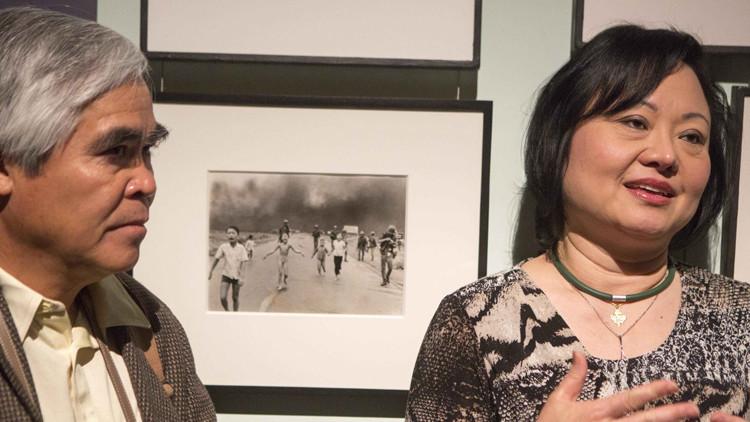 Cuarenta años después de la icónica foto, la 'niña del napalm' cura sus heridas