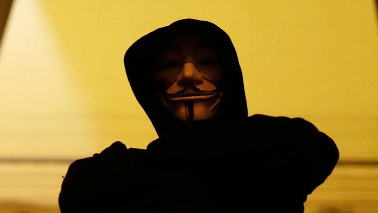 Activista de Anonymous deconstruye el informe de EE.UU. sobre los ciberataques