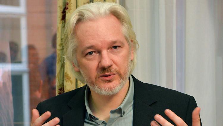 """Assange: """"Temer entregó a EE.UU. información de Inteligencia política a la que pocos tenían acceso"""""""