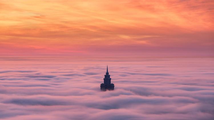La ciudad de las nubes: Vea las increíbles imágenes de Moscú bajo un manto nuboso a vista de pájaro