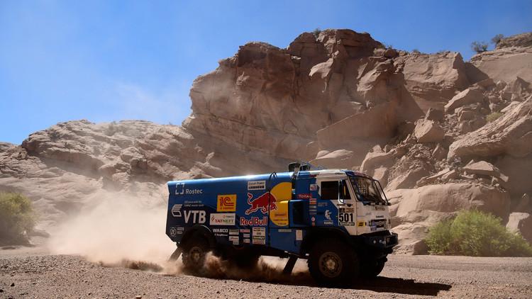 Rusia gana el rally Dakar en cuadriciclos y camiones