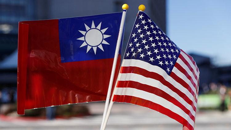 """Pekín, dispuesto a """"quitarse los guantes"""" en respuesta al comentario de Trump sobre Taiwán"""