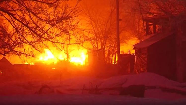 Infierno que vino del cielo: Secuelas del siniestro de un avión de carga cerca de Biskek (VIDEO)