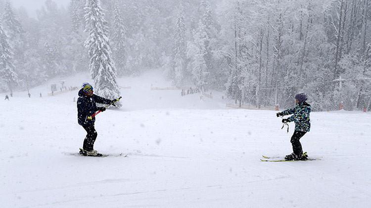 Videos, fotos: Así celebran el Día Mundial de la Nieve excepto en una parte de Rusia, ¿por qué?
