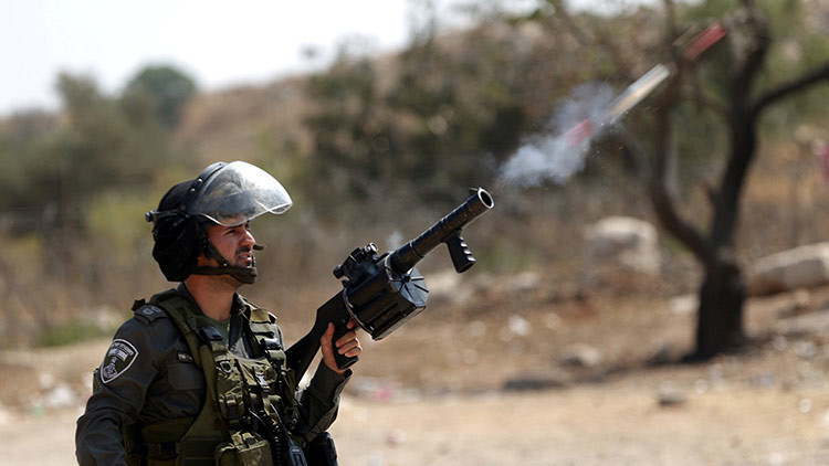 Enfrentamientos con tropas israelíes dejan un adolescente palestino muerto y cuatro heridos