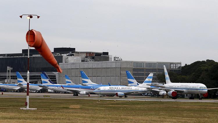 Evacuan aeropuerto de Buenos Aires a causa de un incendio (Fotos)