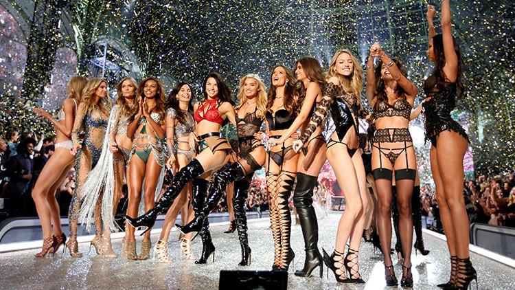 Fotos: Una modelo de Victoria's Secret dona 16.000 dólares a un sintecho ruso