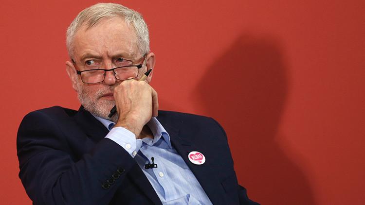 """Acusan a Corbyn de ser un """"colaborador del Kremlin"""" por su postura contra la OTAN"""