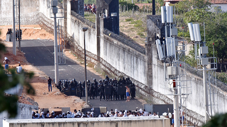El Gobierno de Brasil enviará al Ejército para contener la violencia en las cárceles