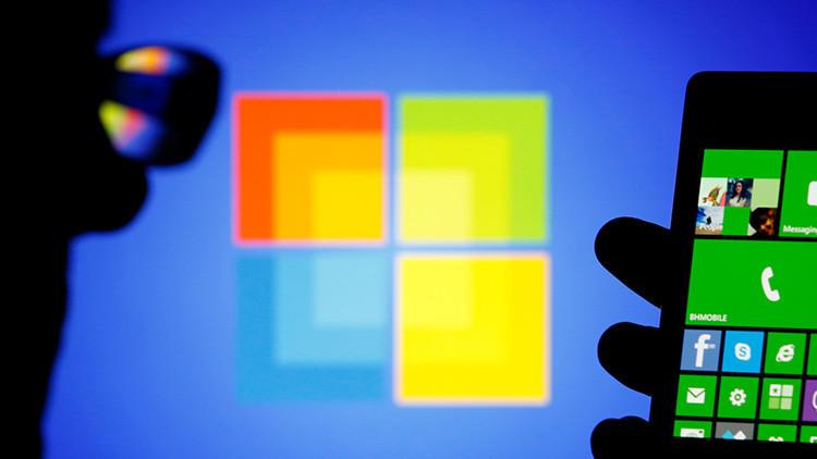 Microsoft patenta un teléfono móvil que se dobla y se convierte en tableta (foto)