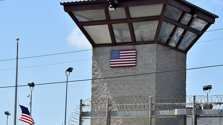 El Pentágono confirma el envío de 10 presos de Guantánamo a Omán