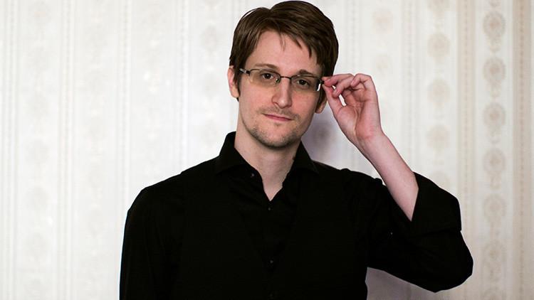 """""""El regalo perfecto"""": EE.UU. aconseja a Putin extraditar a Snowden para la toma de posesión de Trump"""