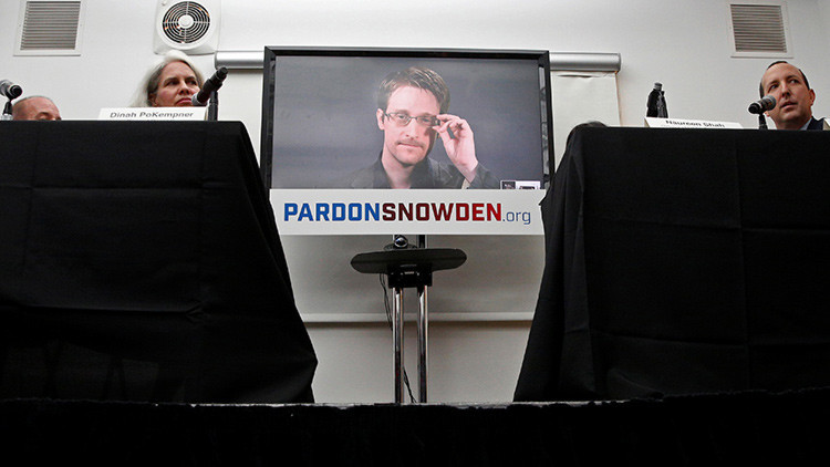 """""""Snowden cumple todos los requisitos legales para obtener la nacionalidad rusa"""""""