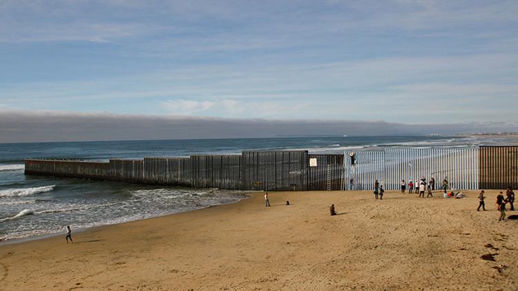 """Trump: """"El muro con México tendrá una tremenda, hermosa y gran puerta"""""""