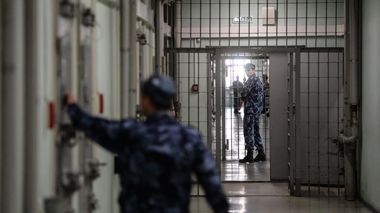 'Reality show' tras las rejas: un preso ruso trasmite su vida en la cárcel por Periscope