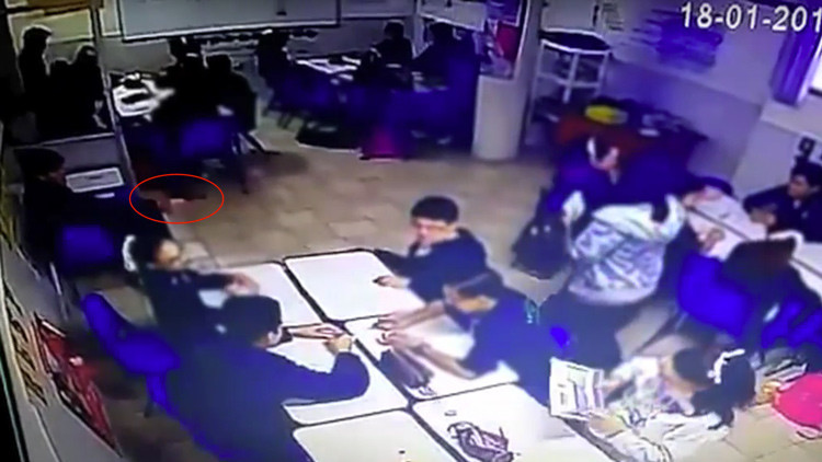Publican un video del momento en que un alumno abre fuego en un colegio de Monterrey