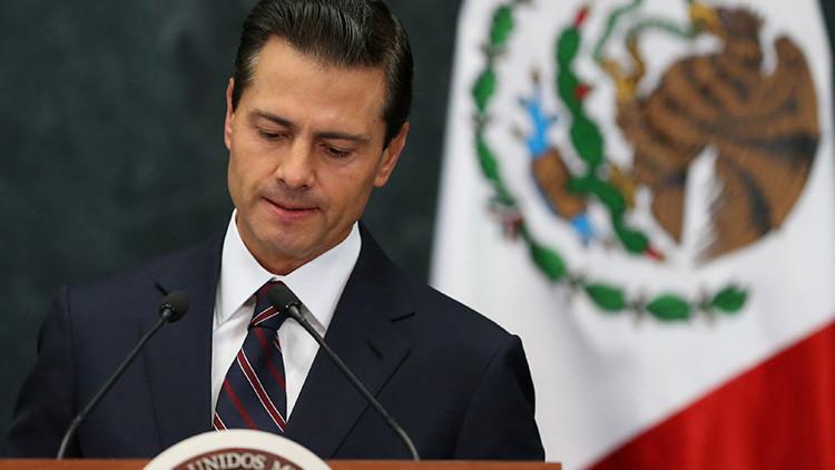 La popularidad de Peña Nieto cae a un mínimo histórico