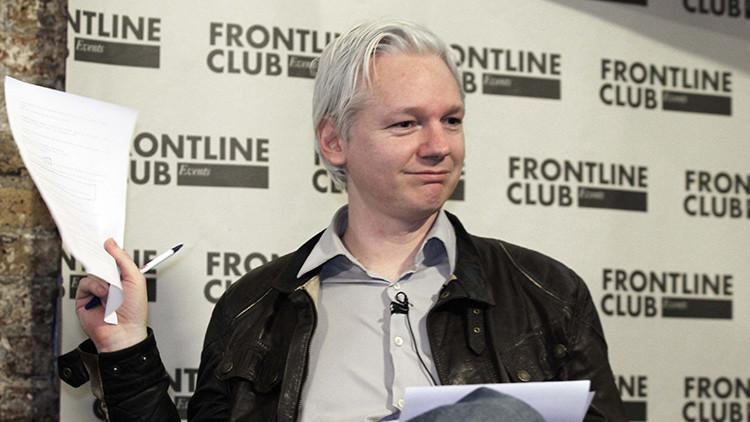 """Abogados de Assange: """"Obama debería haber liberado a Manning inmediatamente y no conmutar la pena"""""""