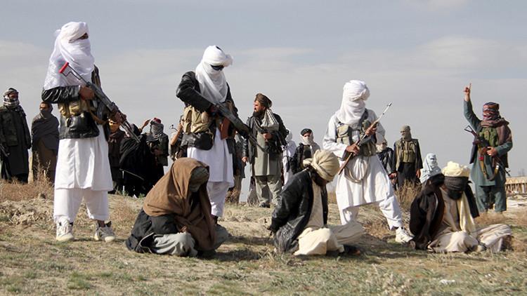 Mueren un talibán y sus cuatro hijos tras estallar el explosivo que iba a utilizar en un atentado