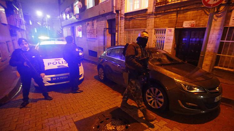 Turquía: Atacan con mortero una sede del oficialismo en Estambul