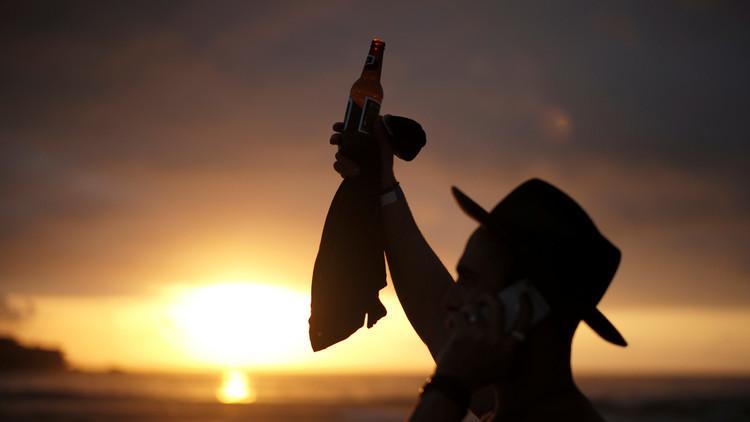 Cerveza + Yoga = Beer Yoga: una curiosa forma de elevar la consciencia (FOTOS)
