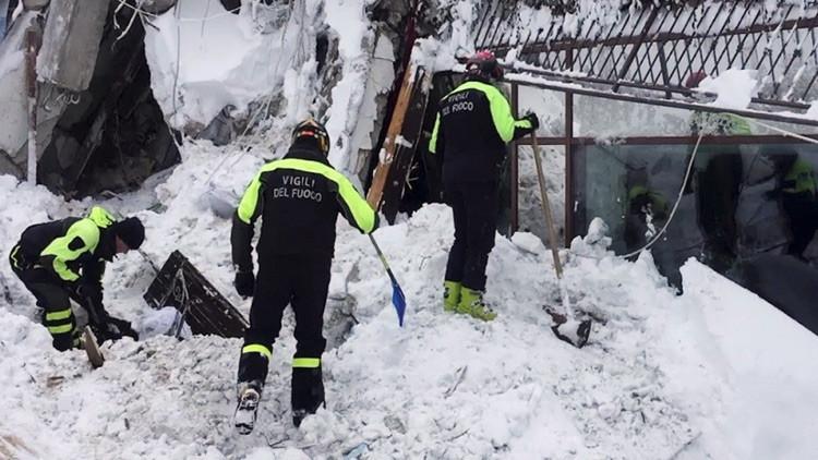 Las autoridades italianas demandan a 'Charlie Hebdo' por burlarse de la tragedia del hotel Rigopiano