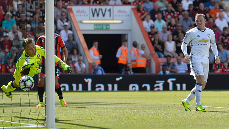 Rooney se convierte en el máximo goleador del Manchester United con este golazo (Video)