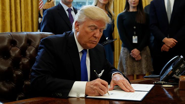 Trump ordena retirar la web de cambio climático y prohibe a los trabajadores informar a la prensa
