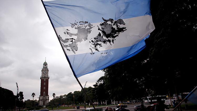 """Piden a Trump un muro en las Malvinas """"para mantener a Argentina fuera"""""""