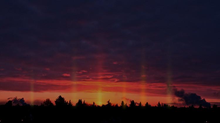 FOTOS: 'Pilares de luz' resplandecen en el cielo de varias ciudades rusas