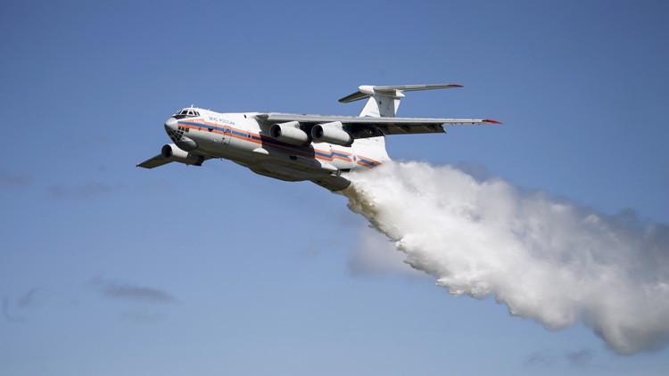 'El Luchín', o cómo los chilenos rebautizaron al avión apagafuegos ruso Ilyushin Il-76 (MEMES)