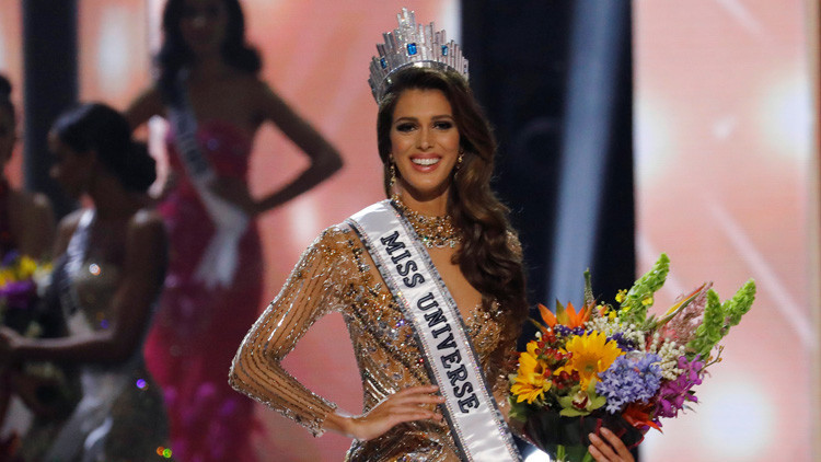 La francesa Iris Mittenaere gana la corona Miss Universo 2016
