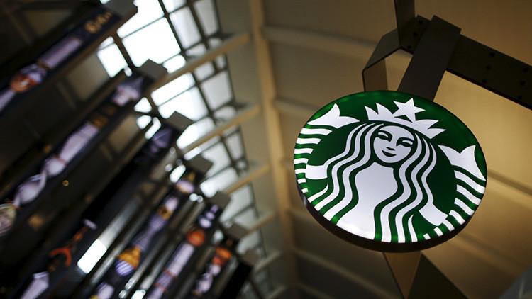 Starbucks desobedece a Trump y anuncia una medida revolucionaria