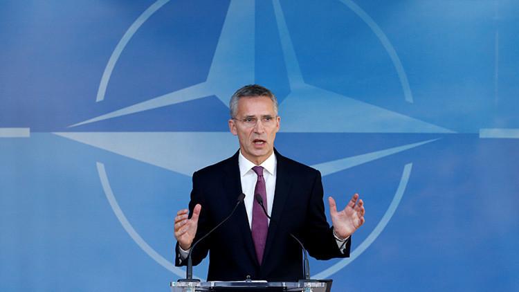 Bromean en Twitter con las contradicciones del jefe de la OTAN sobre la 'amenaza rusa'